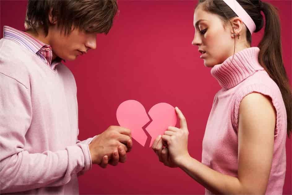 Поведение девушки после расставания
