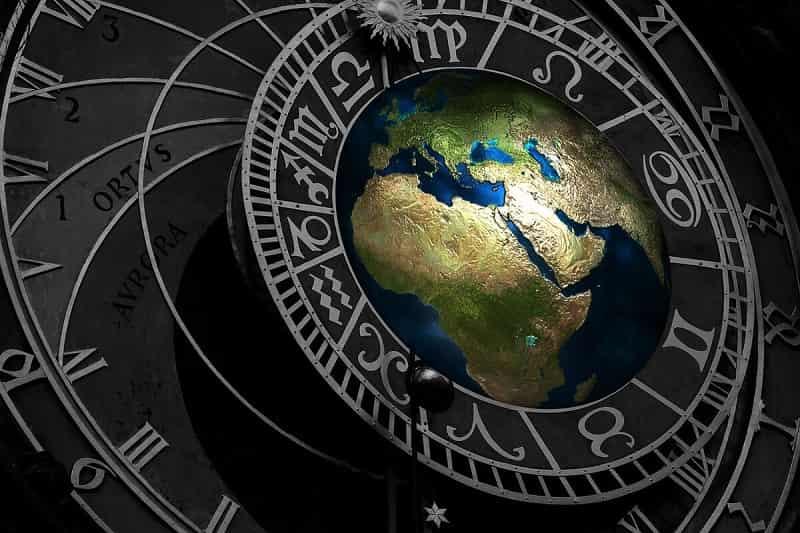 Мунданная астрология предсказывает судьбы империй