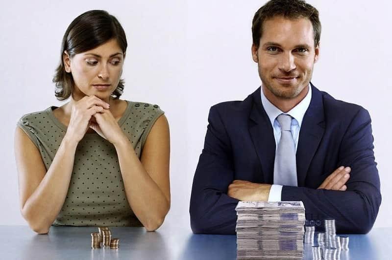 Если муж не дает денег жене